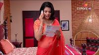 Jigyasa Singh from Thapki Pyaar Ki in Orange Transparent Saree (11).jpg