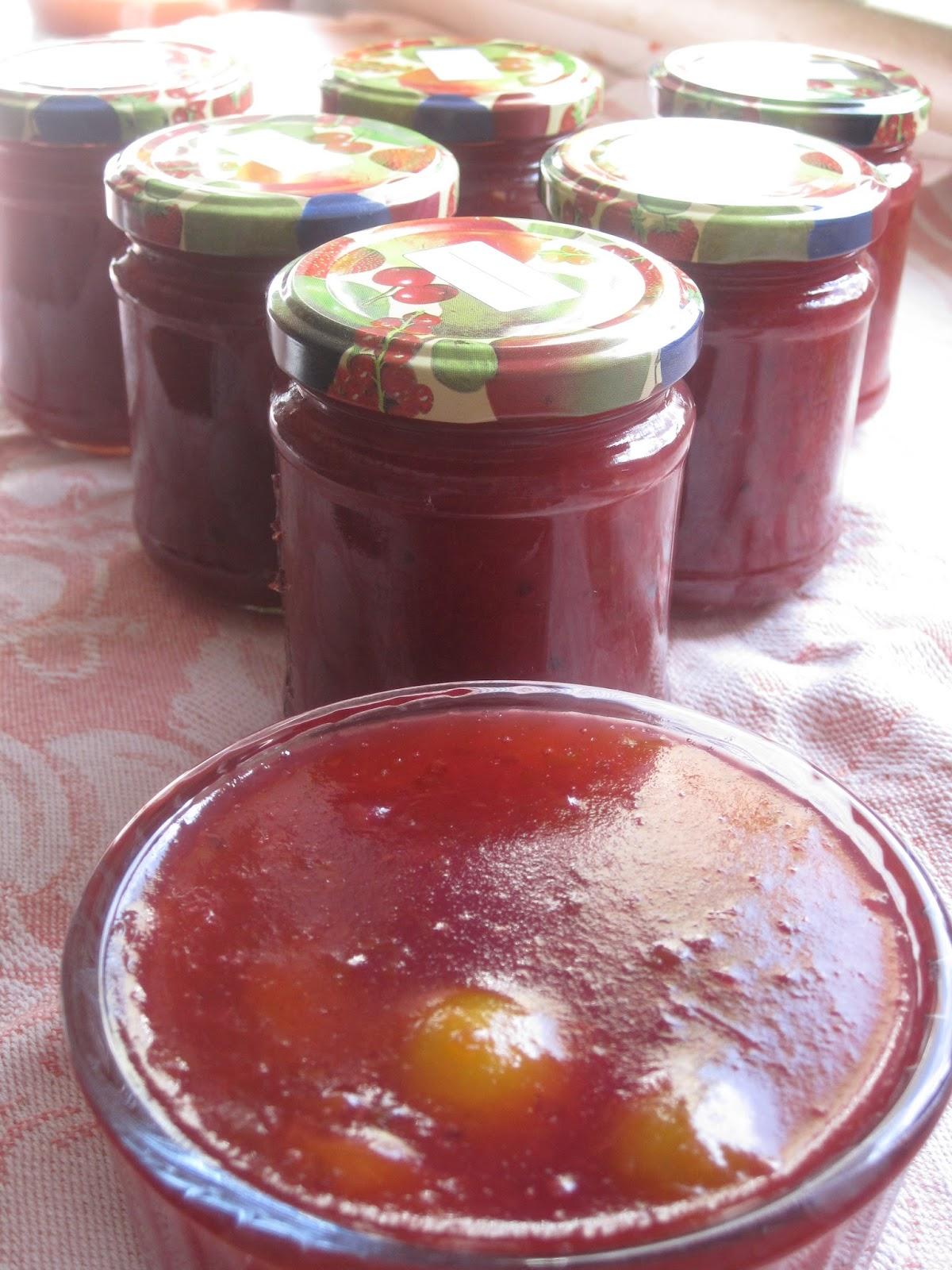 fliederbaum nachgekocht kriecherl ribisel marmelade. Black Bedroom Furniture Sets. Home Design Ideas