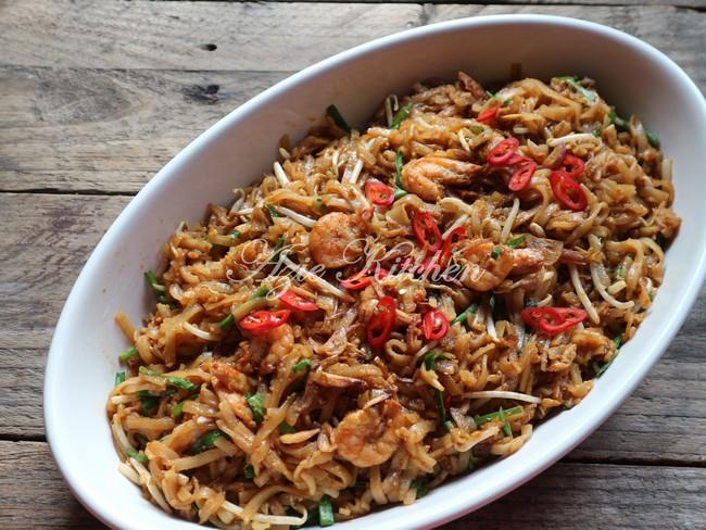 Kuey Teow Goreng Azie Kitchen