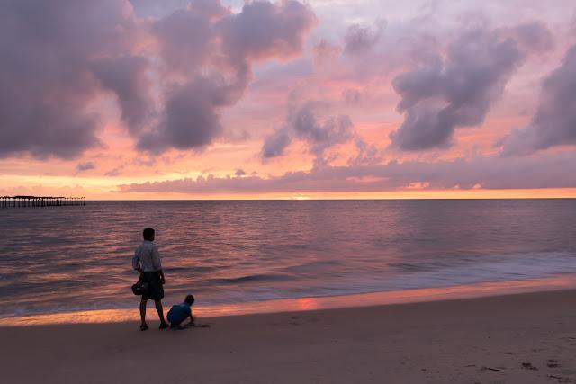 Alleppey beach Kerala Punnamada Resort
