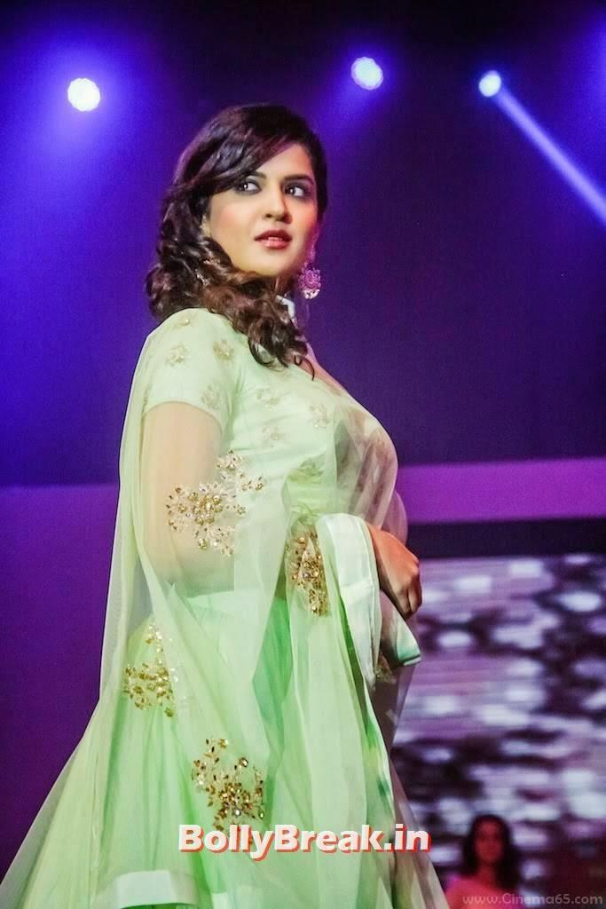 Deeksha Seth Pics, Deeksha Seth in Green anarkali Dress - Ramp Walk Pics