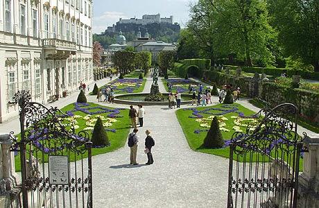 [Resim: tourist_sbg_panorama1.jpg]