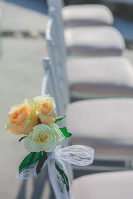 santorini wedding flowers