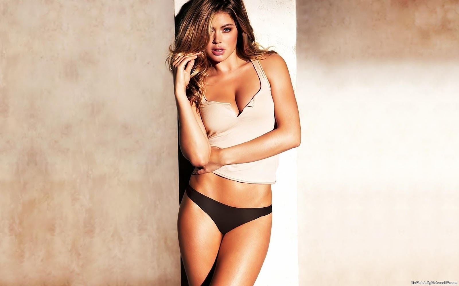 Doutzen Kroes Hot Hd Wallpapers 2012-2013  All About Hd -9220