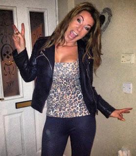 School Teacher Suspended After Posting ''Provocative'' Selfie On Facebook