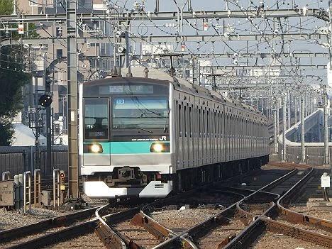 【平日朝限定!】E233系2000番台の通勤準急 綾瀬行き