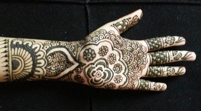 Latest Easy Floral Mehndi Design 2016