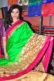 Priyanka Ramana Inaugurates Pochampally IKAT Art Mela  0012.jpg