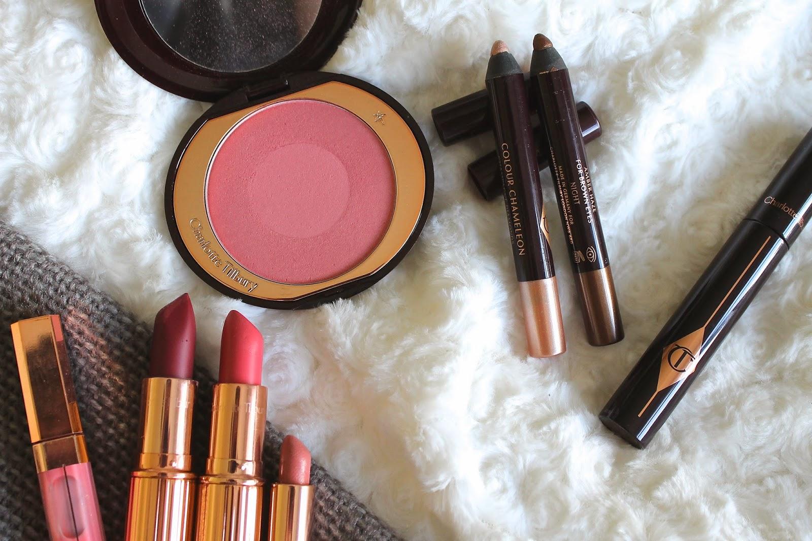 Charlotte Tilbury Matte Revolution Lipstick in Love Liberty