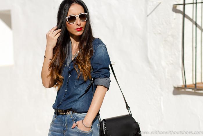 Influencers valencia de moda con ideas de looks de moda con ropa casual vaquera