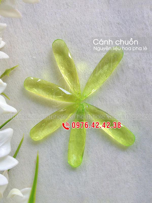 Nguyen lieu hoa pha le tai Ngoc Khanh
