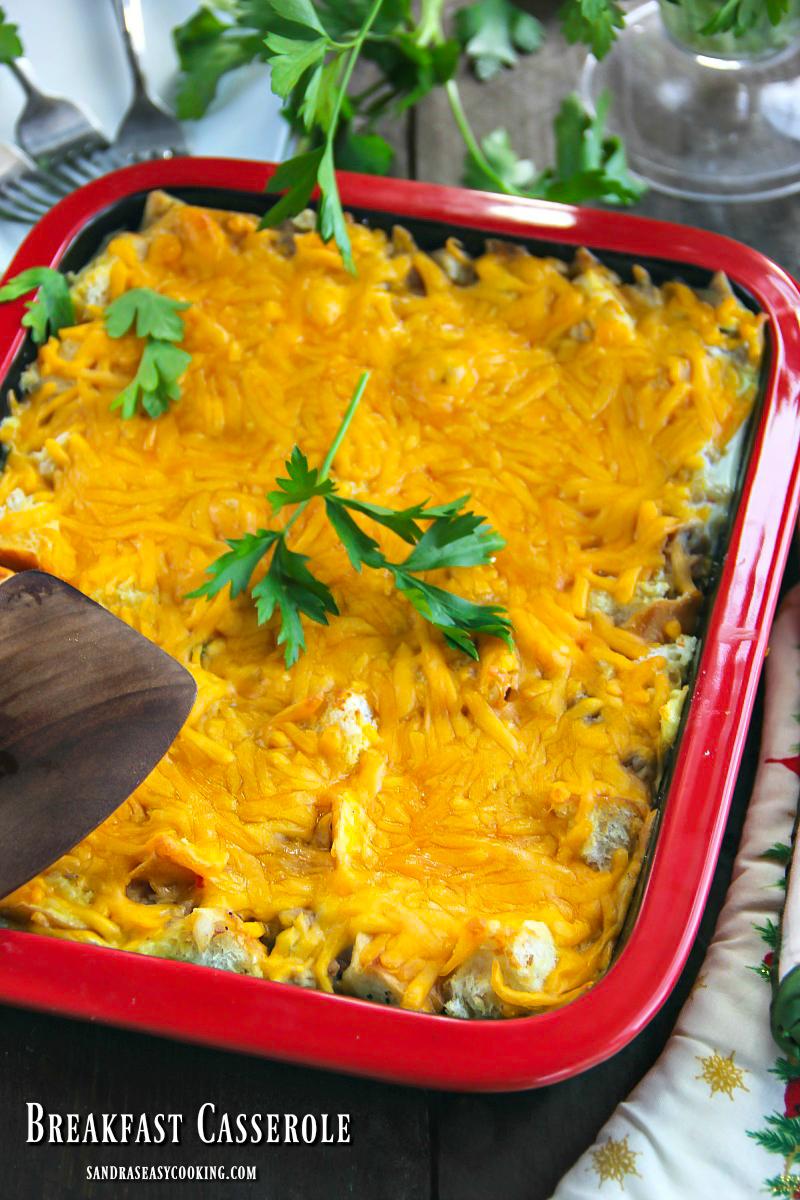 Recipe for delicious and easy Turkey Breakfast Casserole