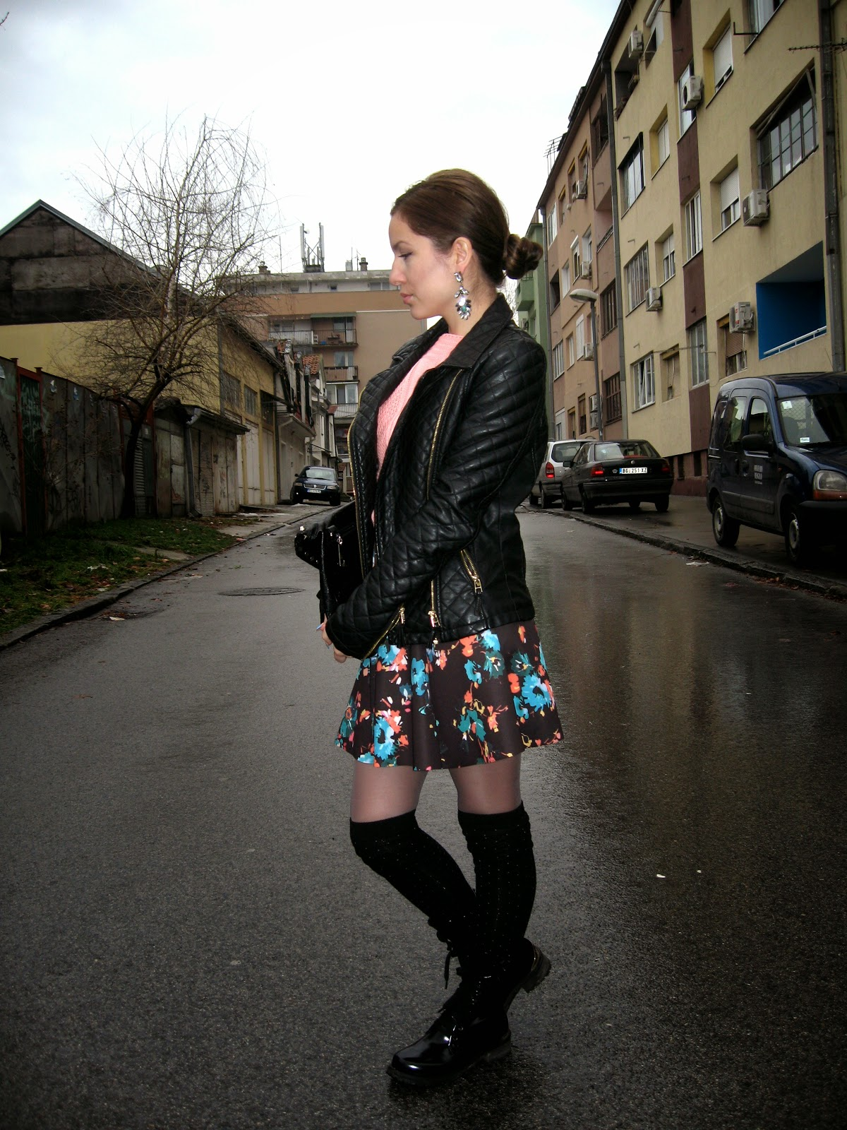 outfit, bershka skirt, black faux leather jacket, peach color sweater, colorful rhinestone earrings, black clutch, black knee high socks, black combat boots, dr martens boots