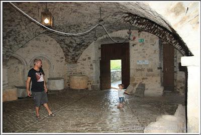 Interior del castillo de Pazin