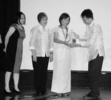 2016 Gawad Tsanselor sa Natatanging REPS goes to UP NISMED science educator
