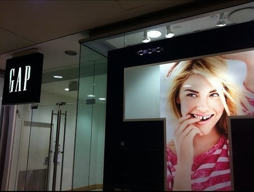 Funny Gap Girl Advert Joke Picture