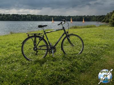 La bicicleta en Lacs de l'Eau d'Heure