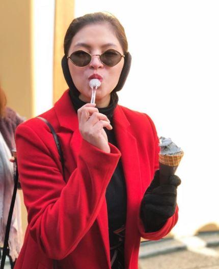 Angel Locsin Enjoys The Black Sesame Ice Cream In Japan!