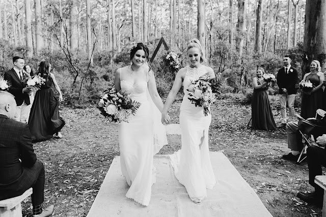 the barefoot photographer real weddings zolotas bridal by aubrey rose venue