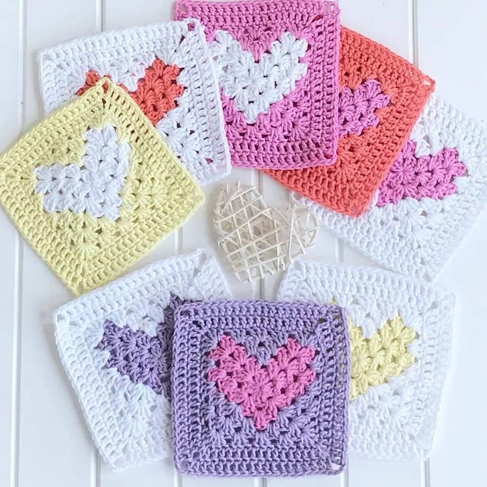 Patrones de grannys a crochet en corazón