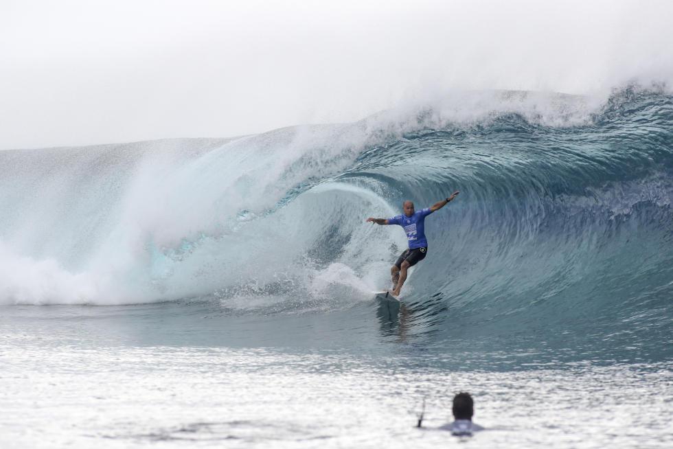 36 Kelly Slater Billabong Pro Tahiti 2016 foto wsl Poullenot Aquashot