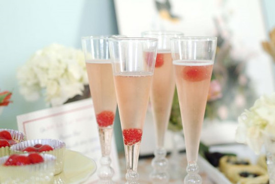 strawberry cupcake cocktails for bridal shower