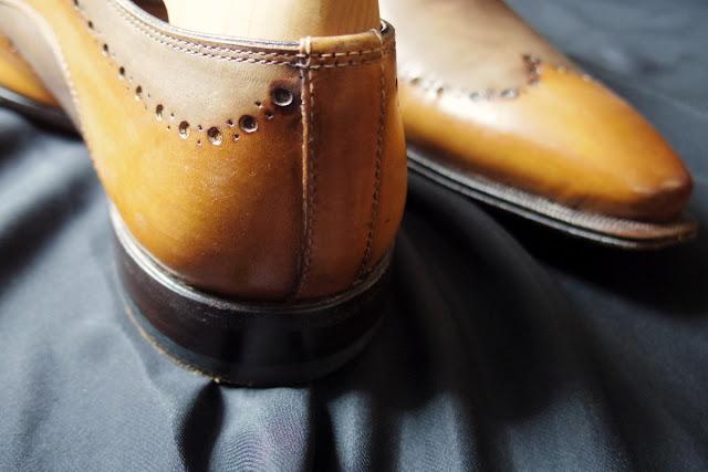 茶色 革靴