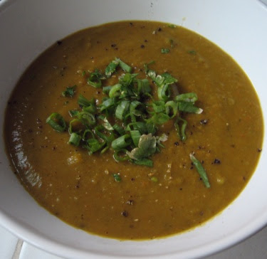 Split pea soup with green onion