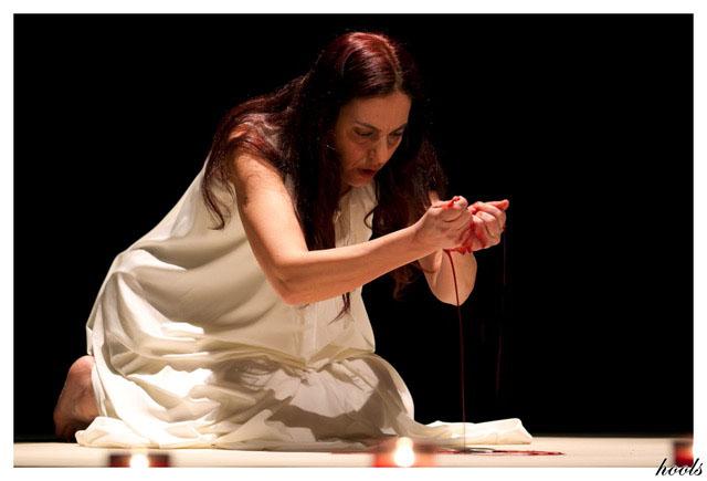 Anila Dervishi dans Je ne suis pas une arme de guerre
