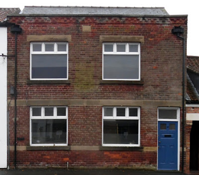 Picture: No 40 Bigby Street, Brigg - formerly used as offices - can be converted into flats, planners have decided - December 2018 - see Nigel Fisher's Brigg Blog