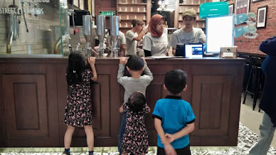 cerita review, ioi city mall, street churros, tempat sarapan best di ioi city mall, ioi city mall putrajaya