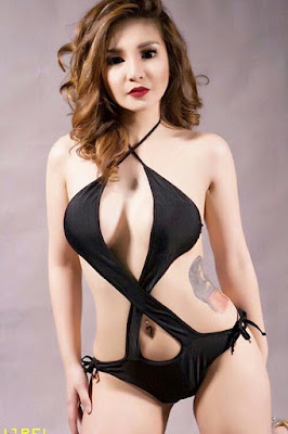 Hot and sexy photos of beautiful busty pinay hottie chick freelance model Berna Kano photo highlights on Pinays Finest Sexy Photo Collection site.