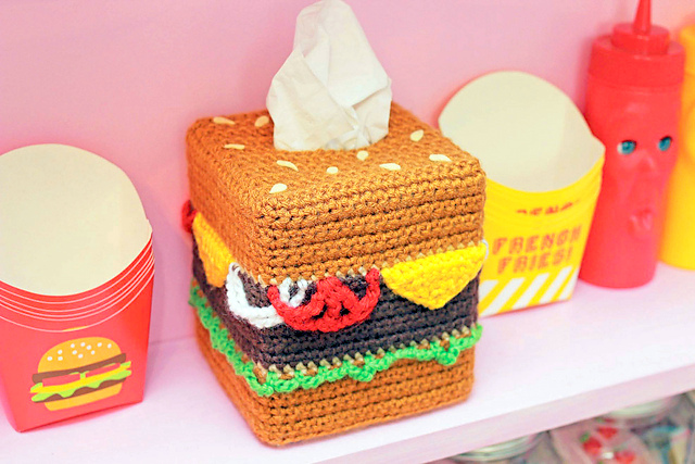 Cheeseburger Tissue Box Cozy crochet pattern