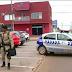Suspeito de assaltar Correios e fazer família de gerente refém é morto em troca de tiros com a polícia