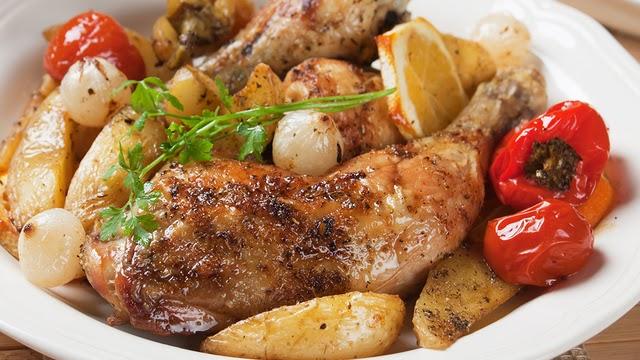 دجاج بالفرن مع البطاطس
