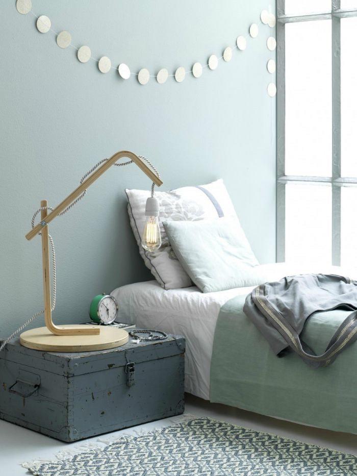 diy silla de ikea transformada en lámpara