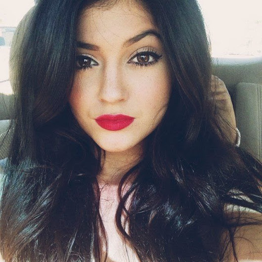 As makes fáceis e P E R F E I T A S de Kylie Jenner ♡