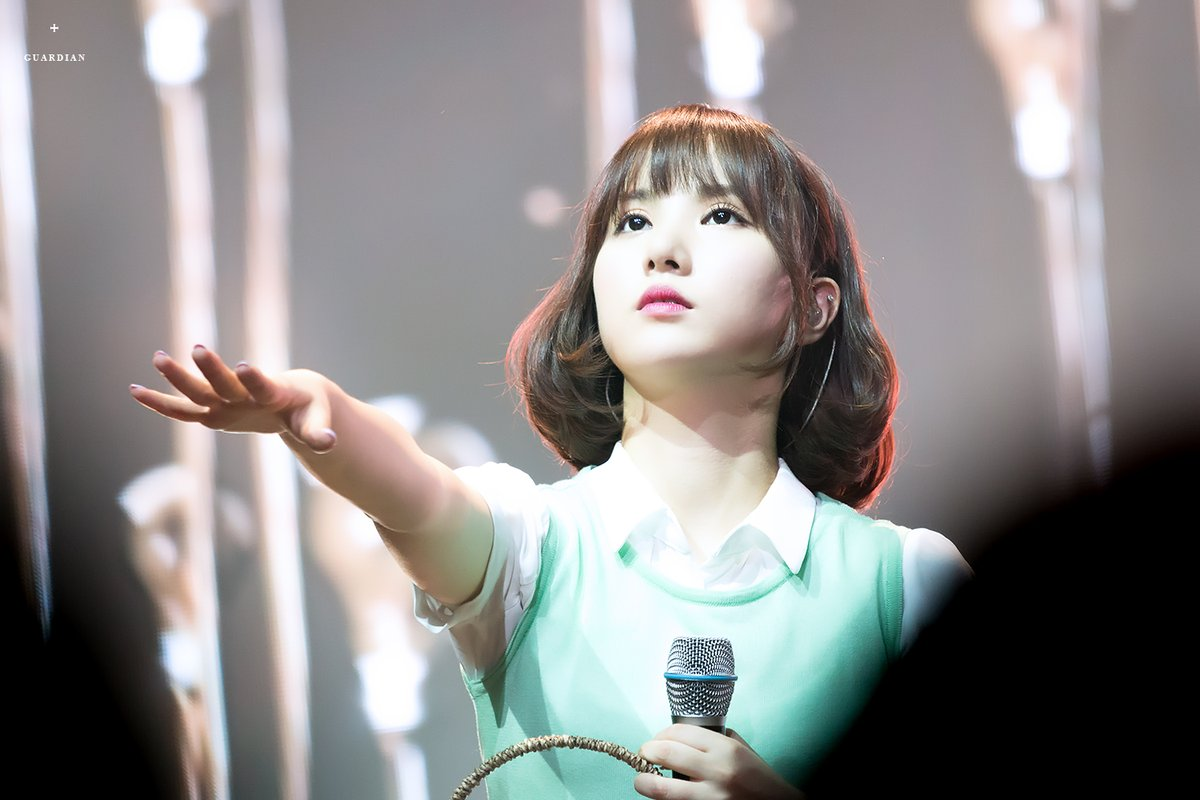 Fans Are So In Love With Gfriend Eunha S Short Hairstyle