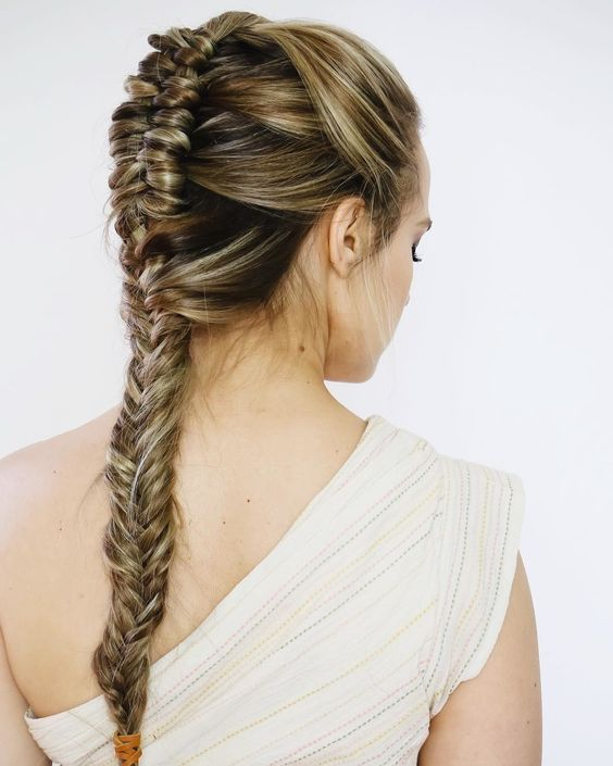 8 Stunning Hairstyles Inspired by Woman