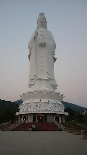 Chùa Linh Ứng bán đảo Sơn Trà