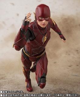 "S.H.Figuarts The Flash de ""Justice League"" - Tamashii Nations"