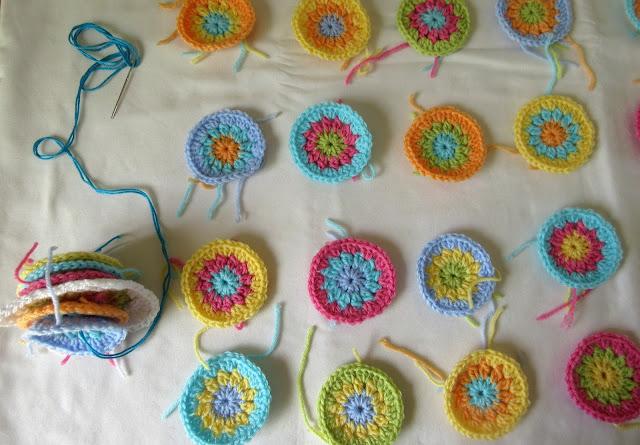 Tina's Allsorts, Tooty Fruity Blanket