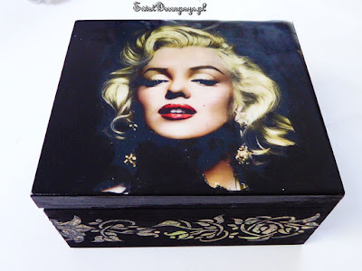Marilyn Monroe skrzynka