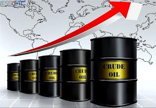 """Επιστρέφει σε υψηλά τριετίας το πετρέλαιο με """"φόντο"""" Βενεζουέλα και Ιράν"""