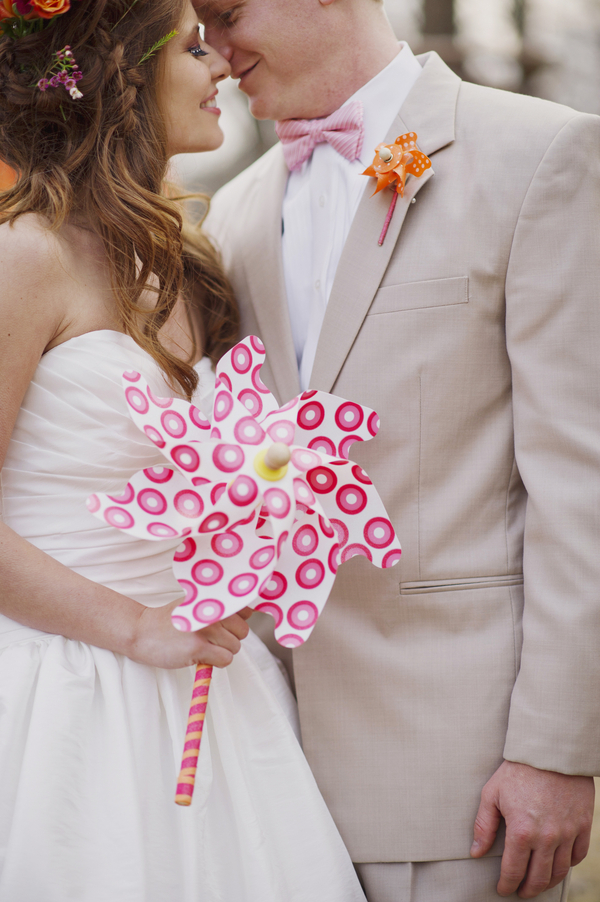 bride+groom+boho+bohemian+chic+orange+pink+yellow+rustic+valentine+valentines+day+february+winter+spring+wedding+cake+bouquet+petticoat+dress+gown+table+setting+floral+arrangement+centerpiece+tangerine+melissa+mccrotty+photography+8 - The Valentine Ombre