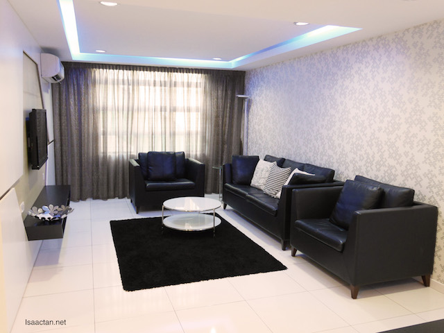 Unipark Condominium Show Unit (1297 sq ft)