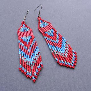 Купить этнические серьги из бисера. Купить украшения из бисера в этно-стиле. Интернет-магазин авторских подарков.
