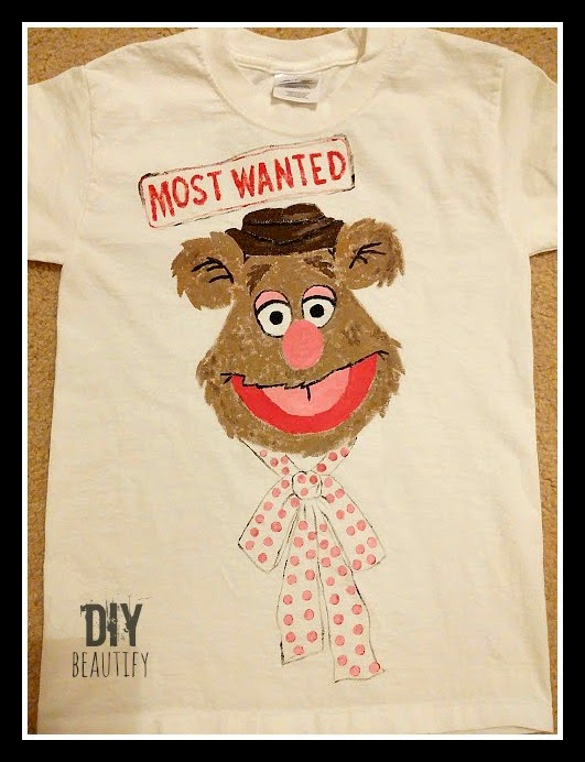 How to Paint Fozzy on a tshirt www.diybeautify.com