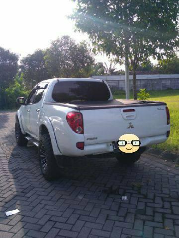 Mitsubishi Triton 2013 bekas