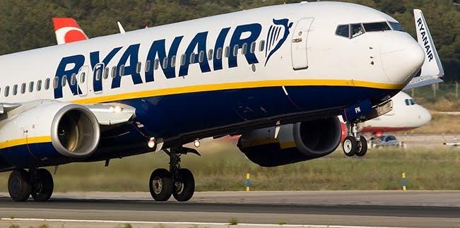 Decollo col brivido per un volo Ryanair partito dall'aeroporto di Manchester verso Lanzarote Isole Canarie.
